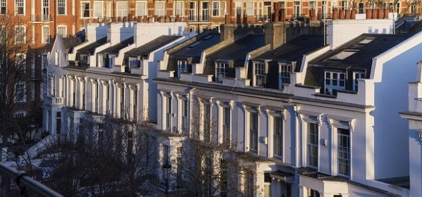 Houses in Chelsea, where an Asian masseuse will meet you for a full body relaxing massage near the Saatchi Gallery